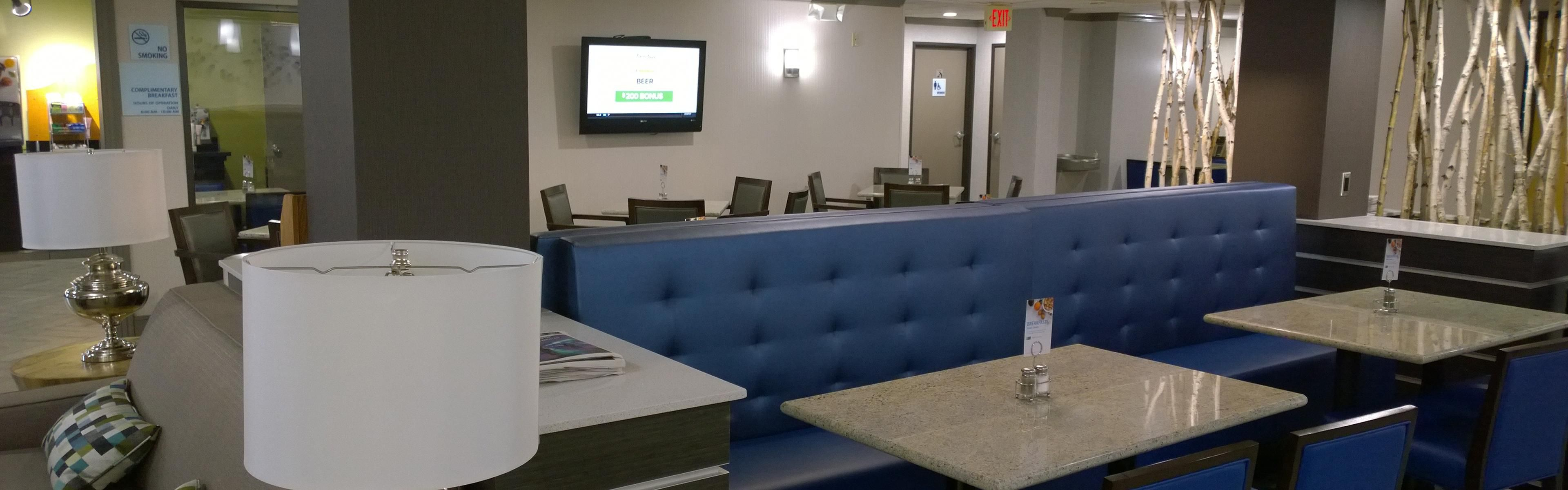 Superb Holiday Inn Express U0026 Suites Fayetteville Univ Of Ar Area Hotel By IHG