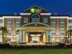 Holiday Inn Express & Suites Florence I-95 @ Hwy 327 in Florence, South Carolina