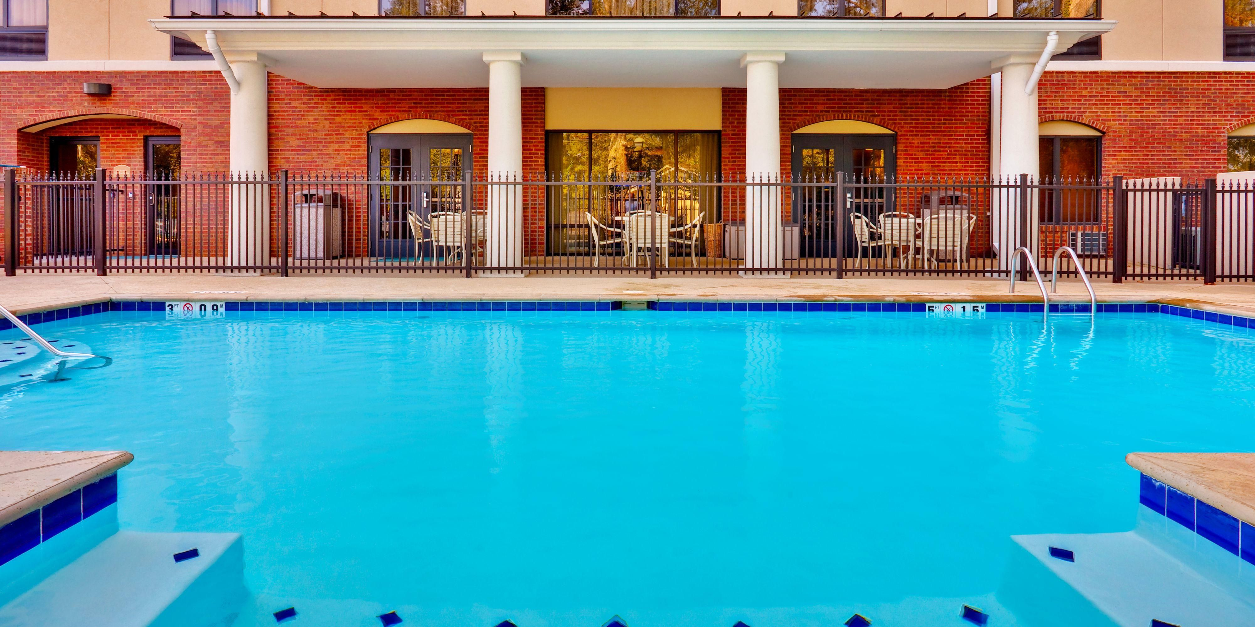Holiday Inn Express And Suites Flowood 3862298499 2x1