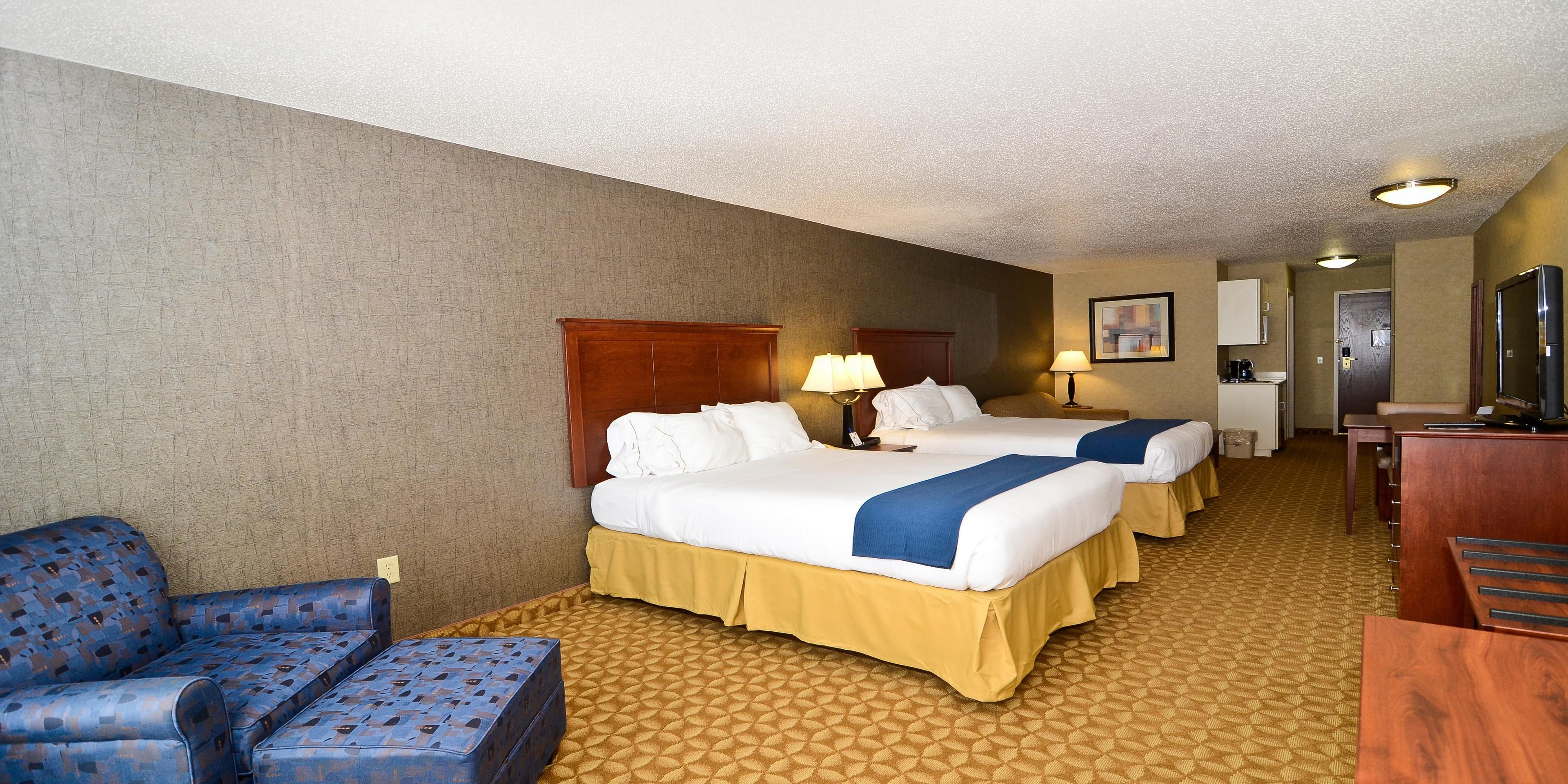 Holiday Inn Express And Suites Fort Atkinson 3496894619
