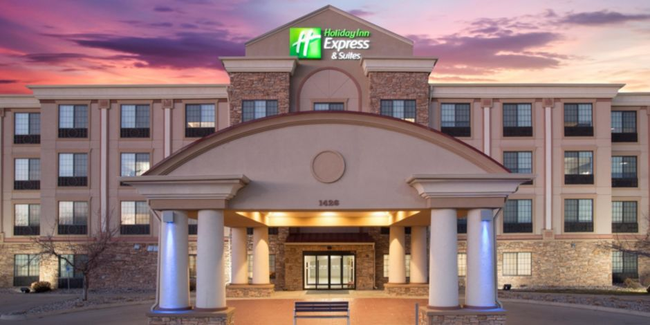 Holiday Inn Express Suites Fort Collins Colorado Hotel