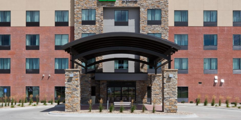 Stay Smart Holiday Inn Express Hotel Ft Dodge Iowa Lodging