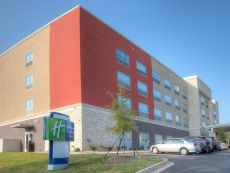 Holiday Inn Express & Suites Fort Mill in Rock Hill, South Carolina