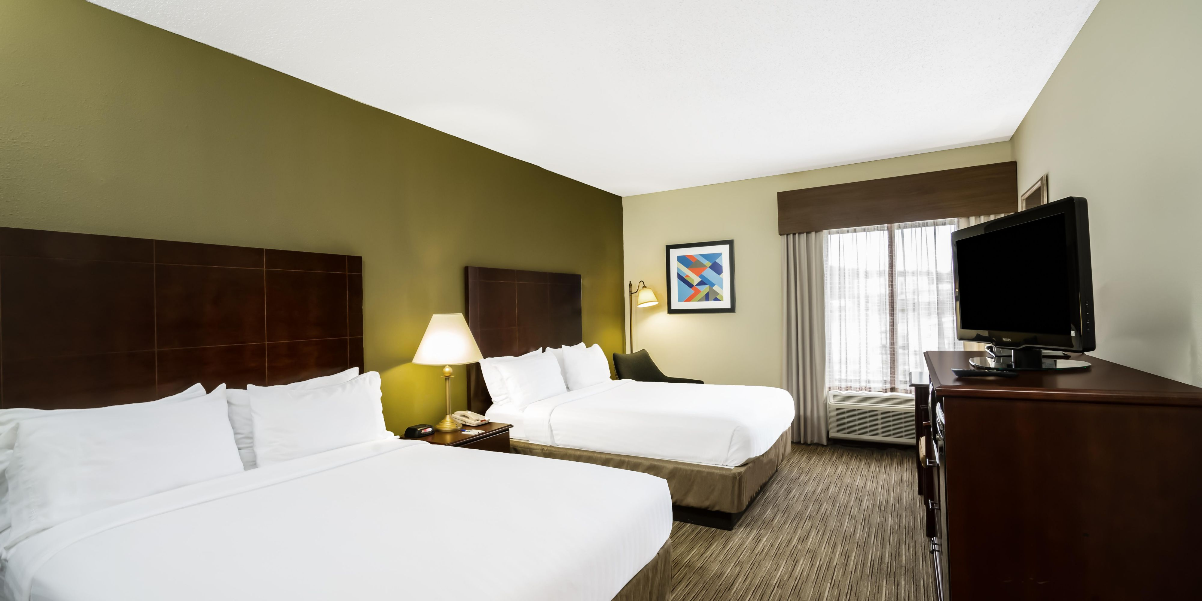 Holiday Inn Express And Suites Fort Payne 5147289189