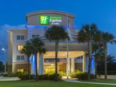 Holiday Inn Express & Suites Fort Pierce West in Okeechobee, Florida