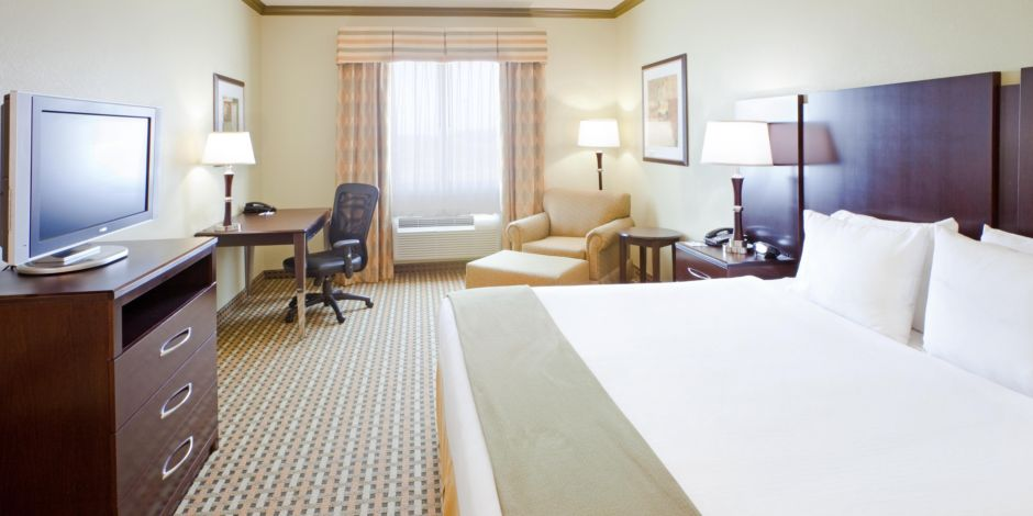holiday inn express suites fort worth i 35 western center hotel by ihg