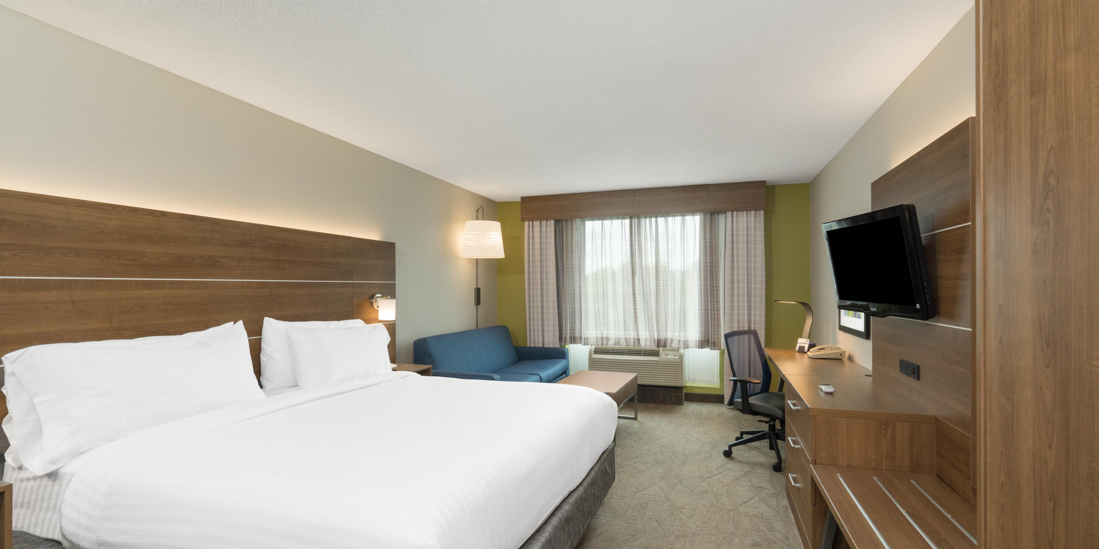 Holiday Inn Express And Suites Frankfort 5122833681 2x1