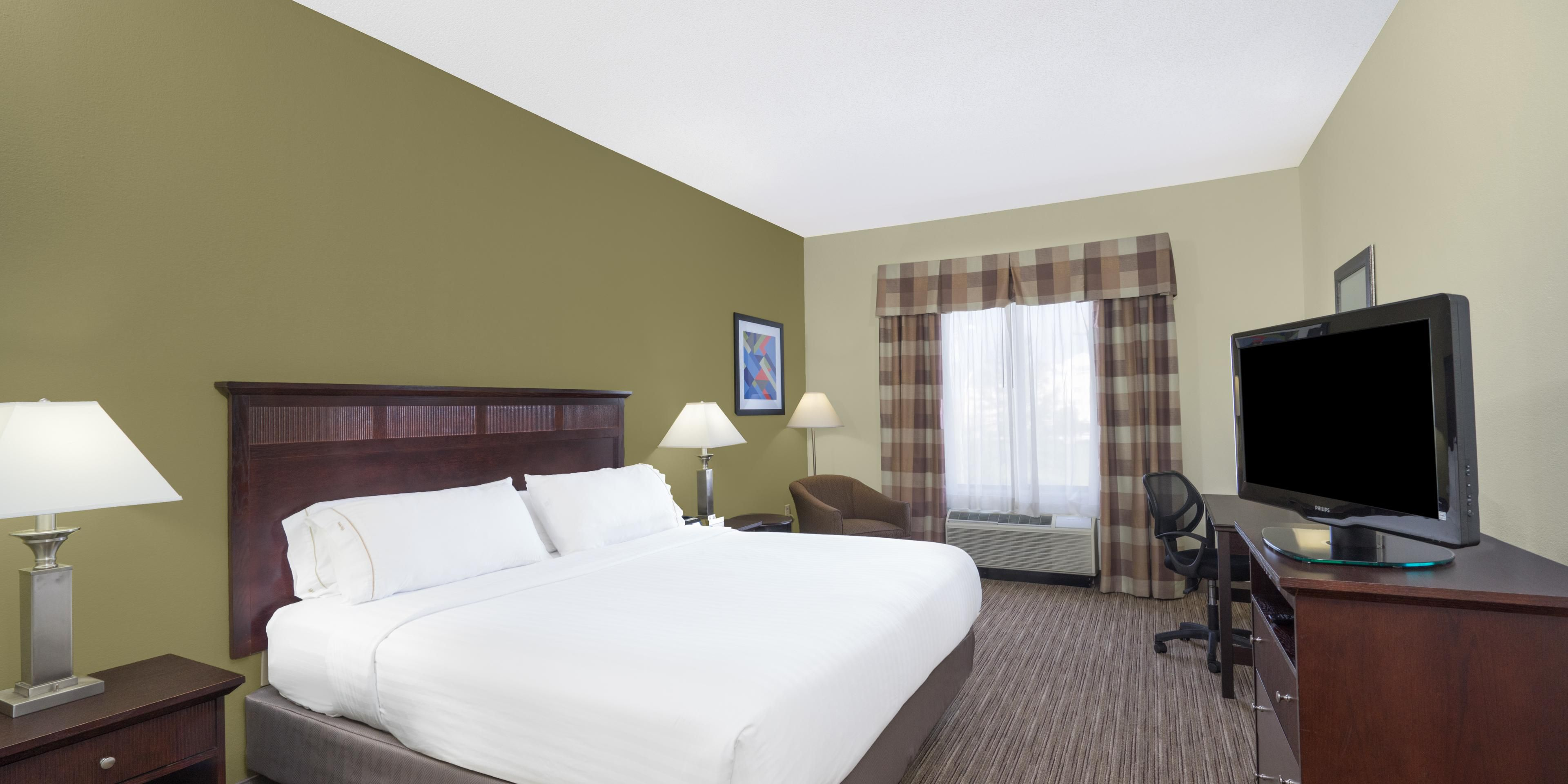 Holiday Inn Express And Suites Gadsden 5152480883 2x1