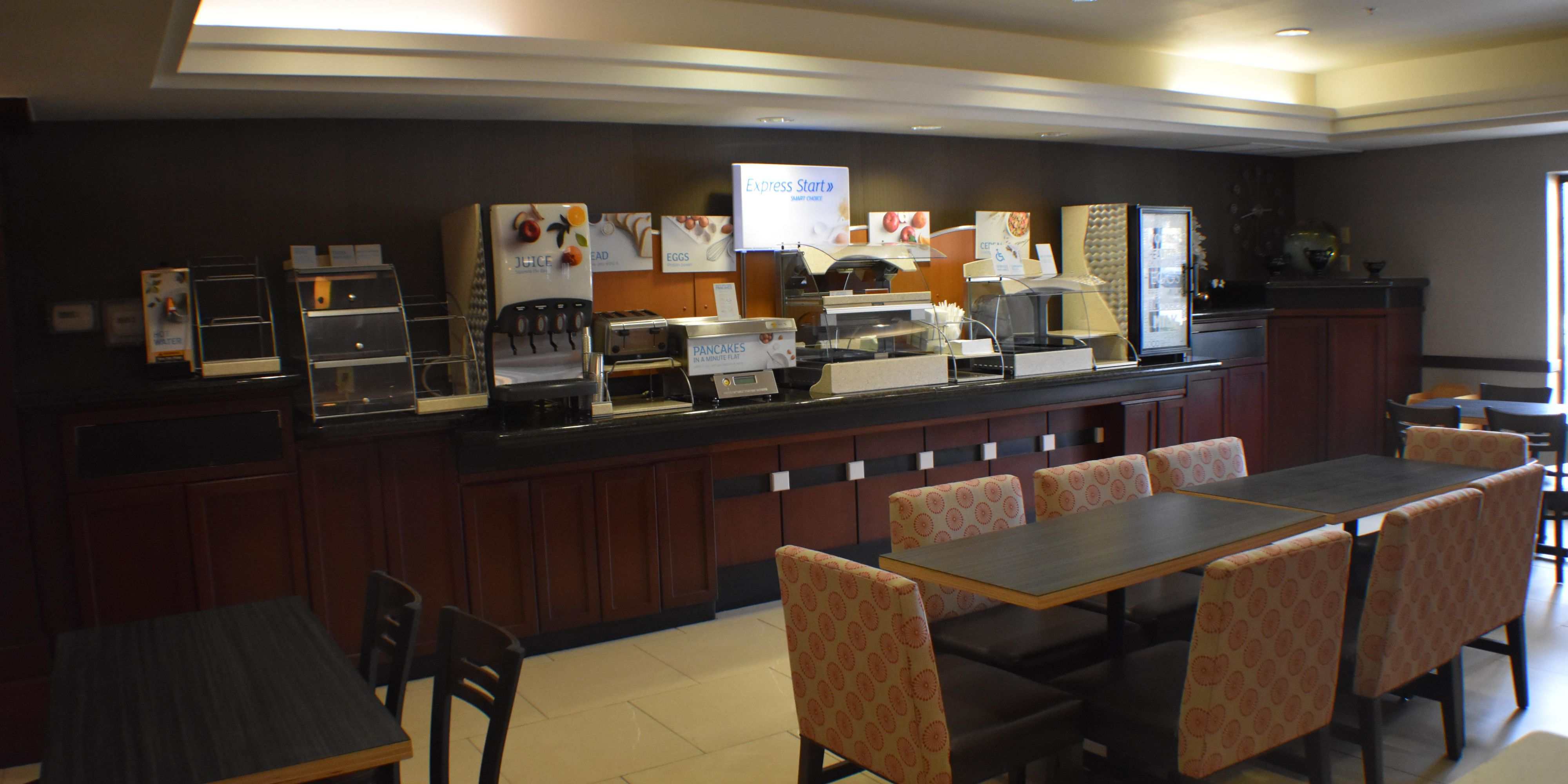 Holiday Inn Express And Suites Garden City 5407295097