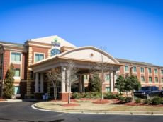 Holiday Inn Express & Suites Memphis/Germantown in Millington, Tennessee
