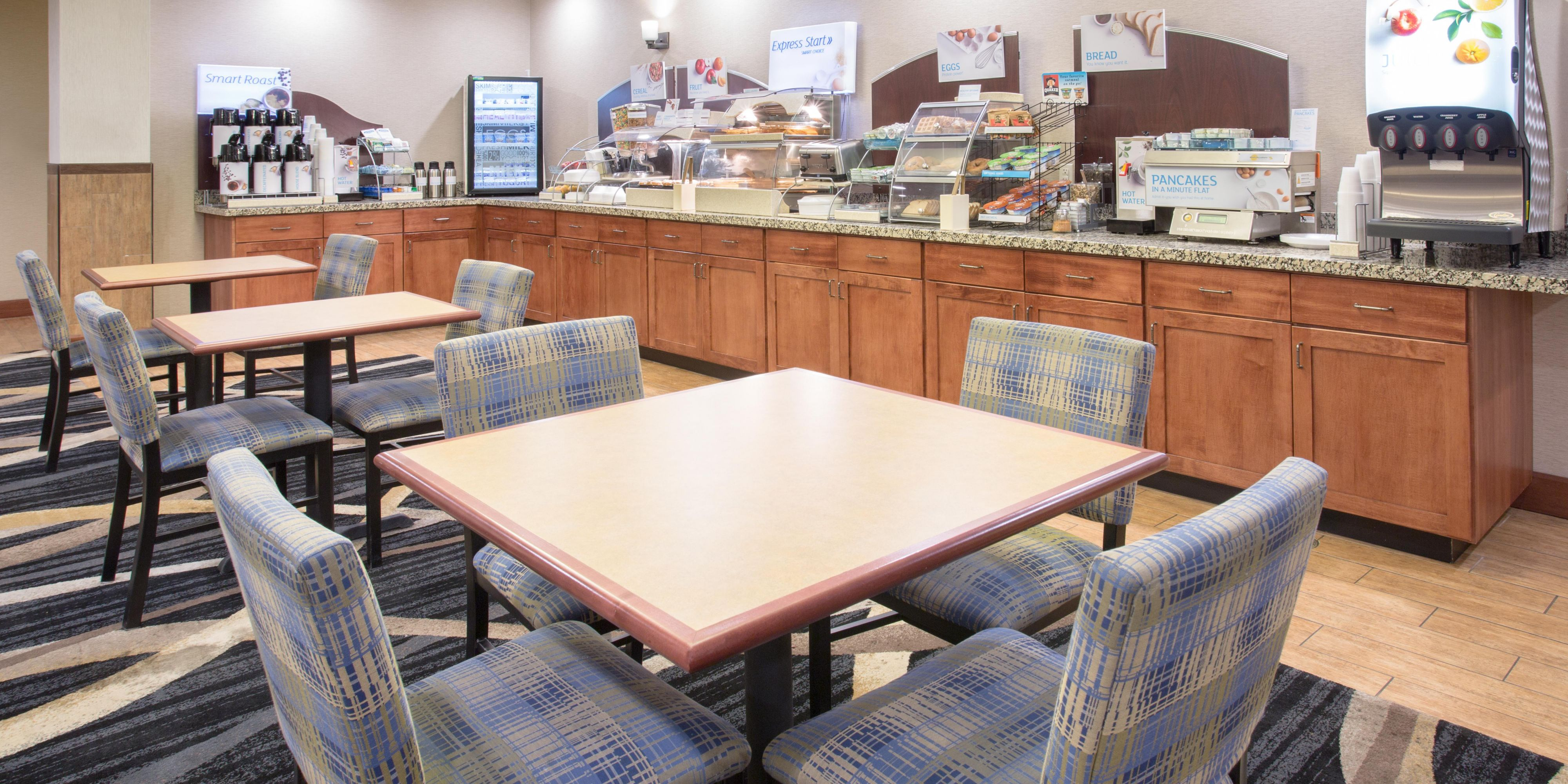 Holiday Inn Express And Suites Glendive 4143193172 2x1