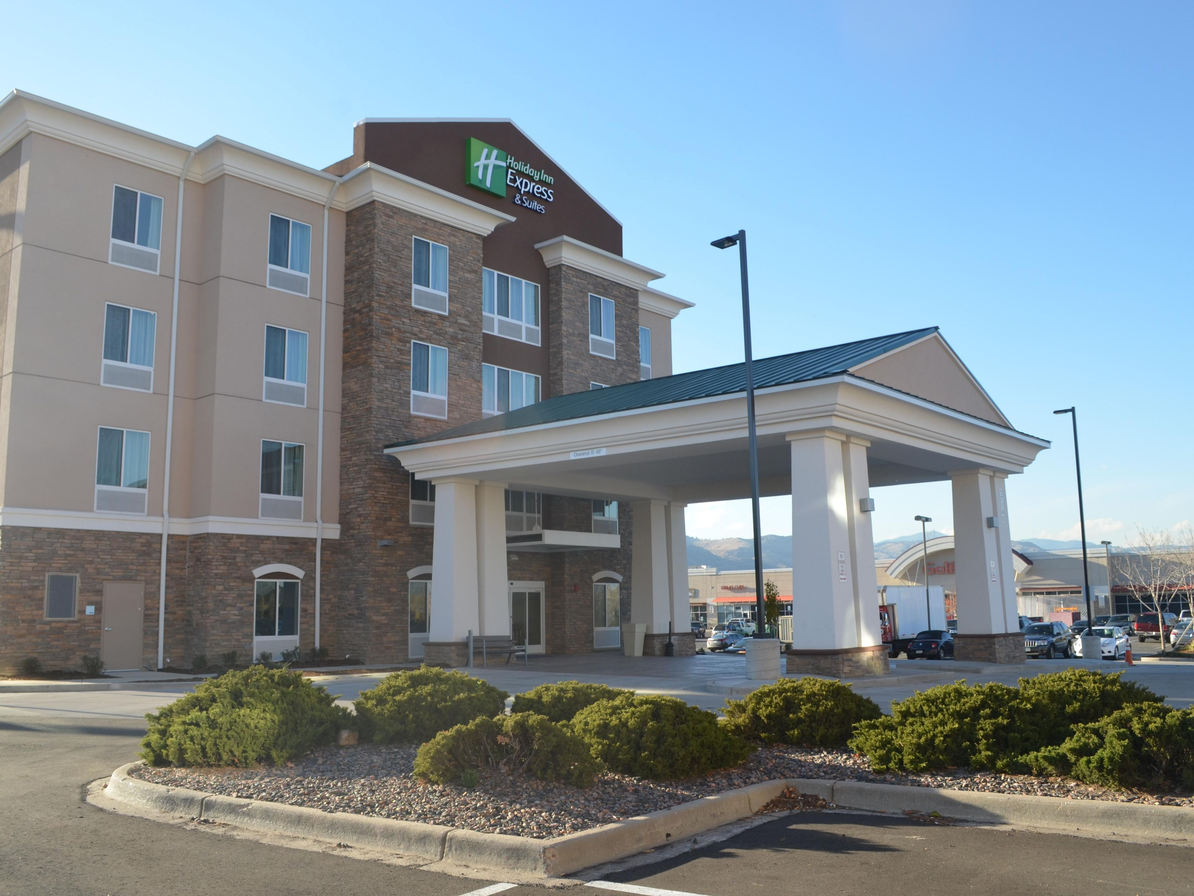 Holiday Inn Express  U0026 Suites Golden