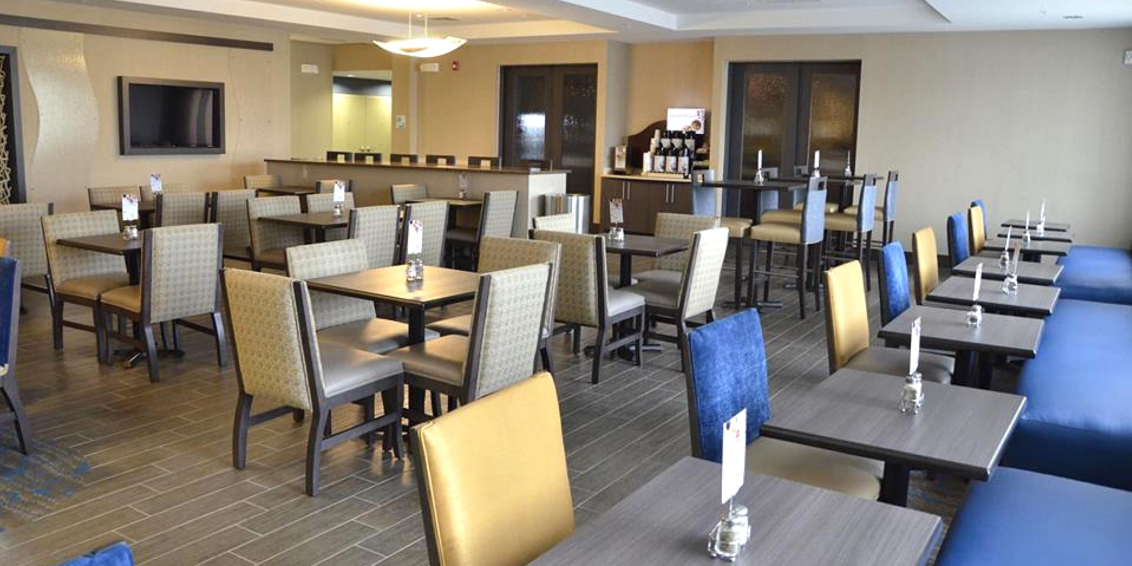 Holiday Inn Express And Suites Goldsboro 5134864239 2x1