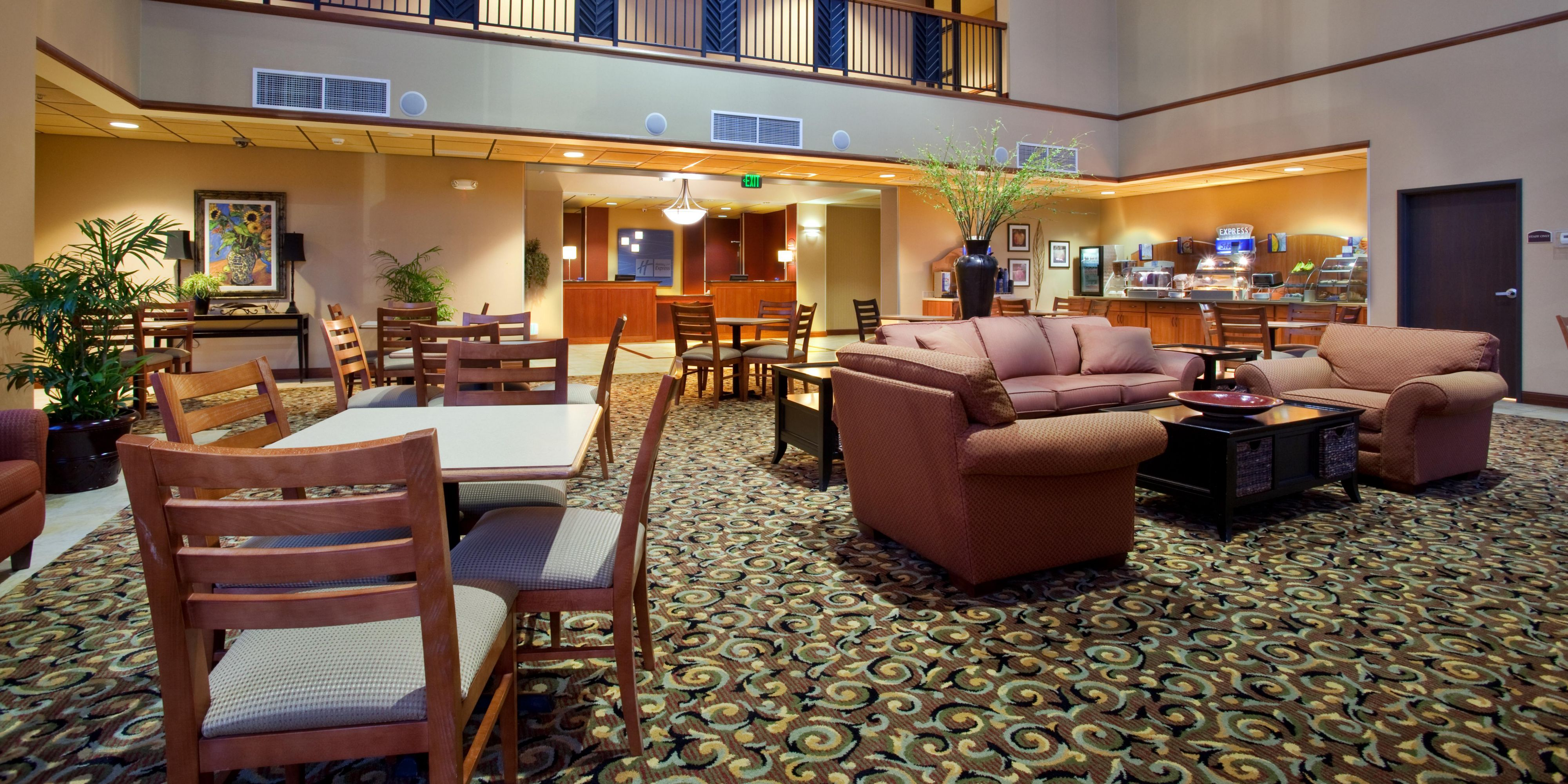 Holiday Inn Express And Suites Goodland 2532772655 2x1