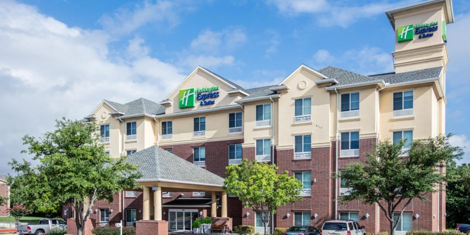 Holiday Inn Express & Suites Dallas - Grand Prairie I-20 Hotel by IHG