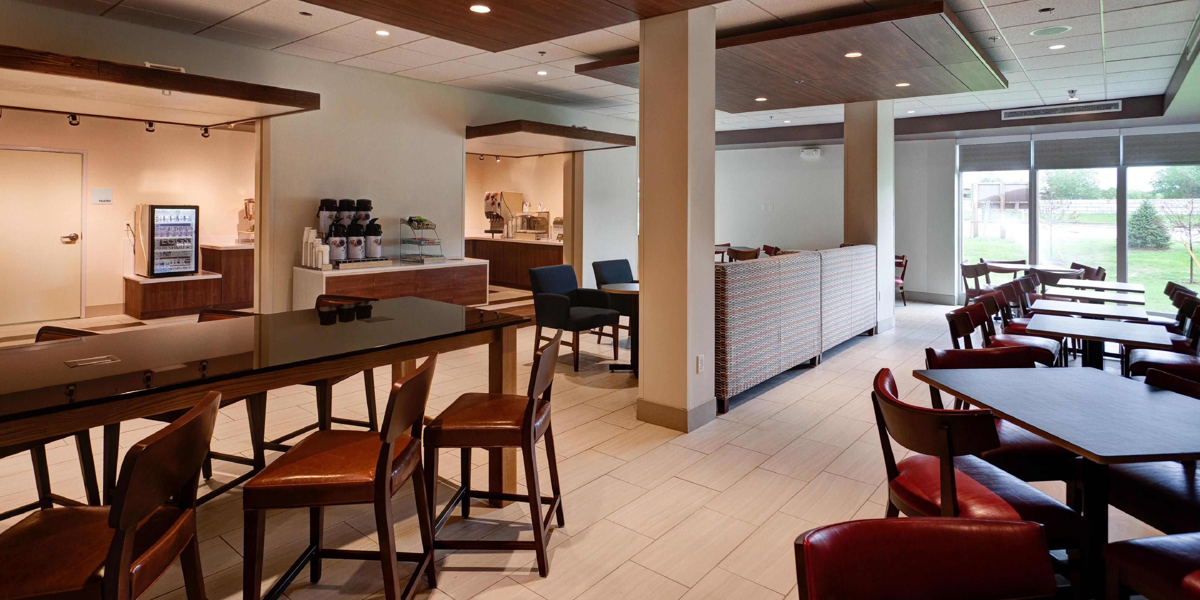 Holiday Inn Express And Suites Great Bend 4360865644