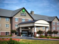 Holiday Inn Express & Suites Green Bay East in Appleton, Wisconsin