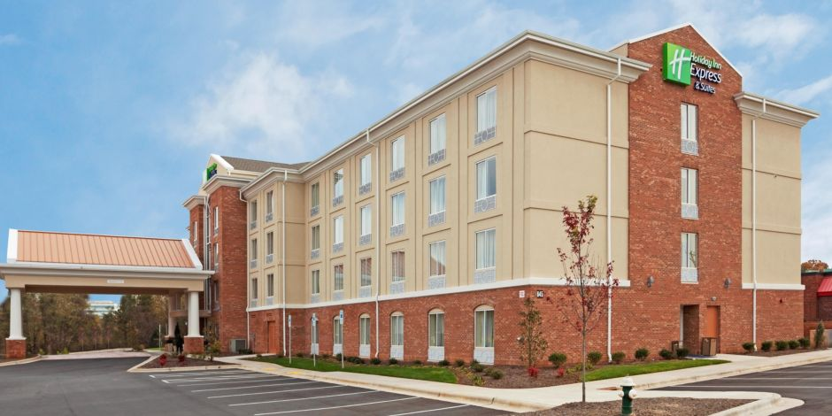 Welcome To Our Hotel Near The Piedmont Triad International Airport