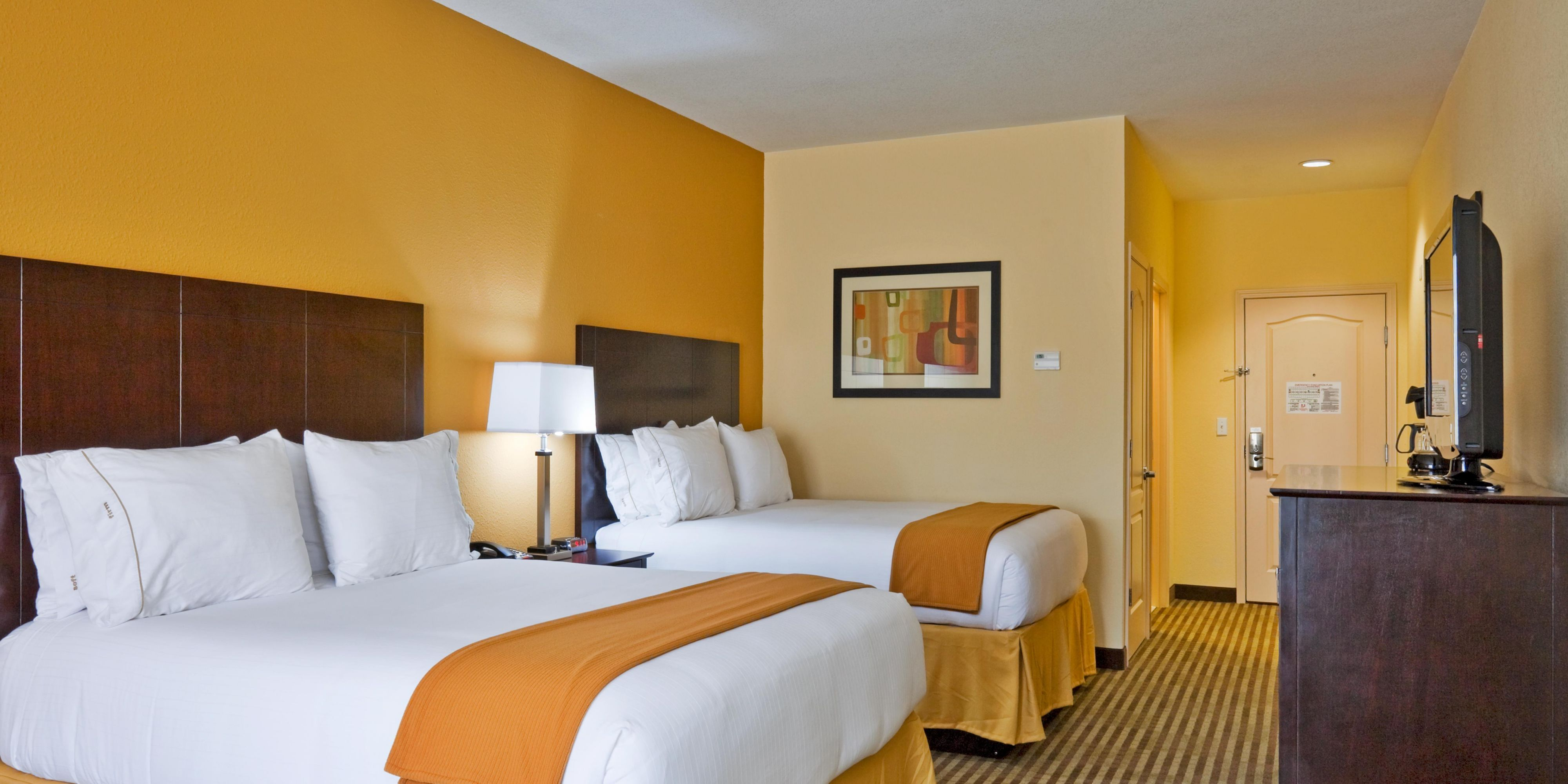 Holiday Inn Express And Suites Greenville 4274334076 2x1