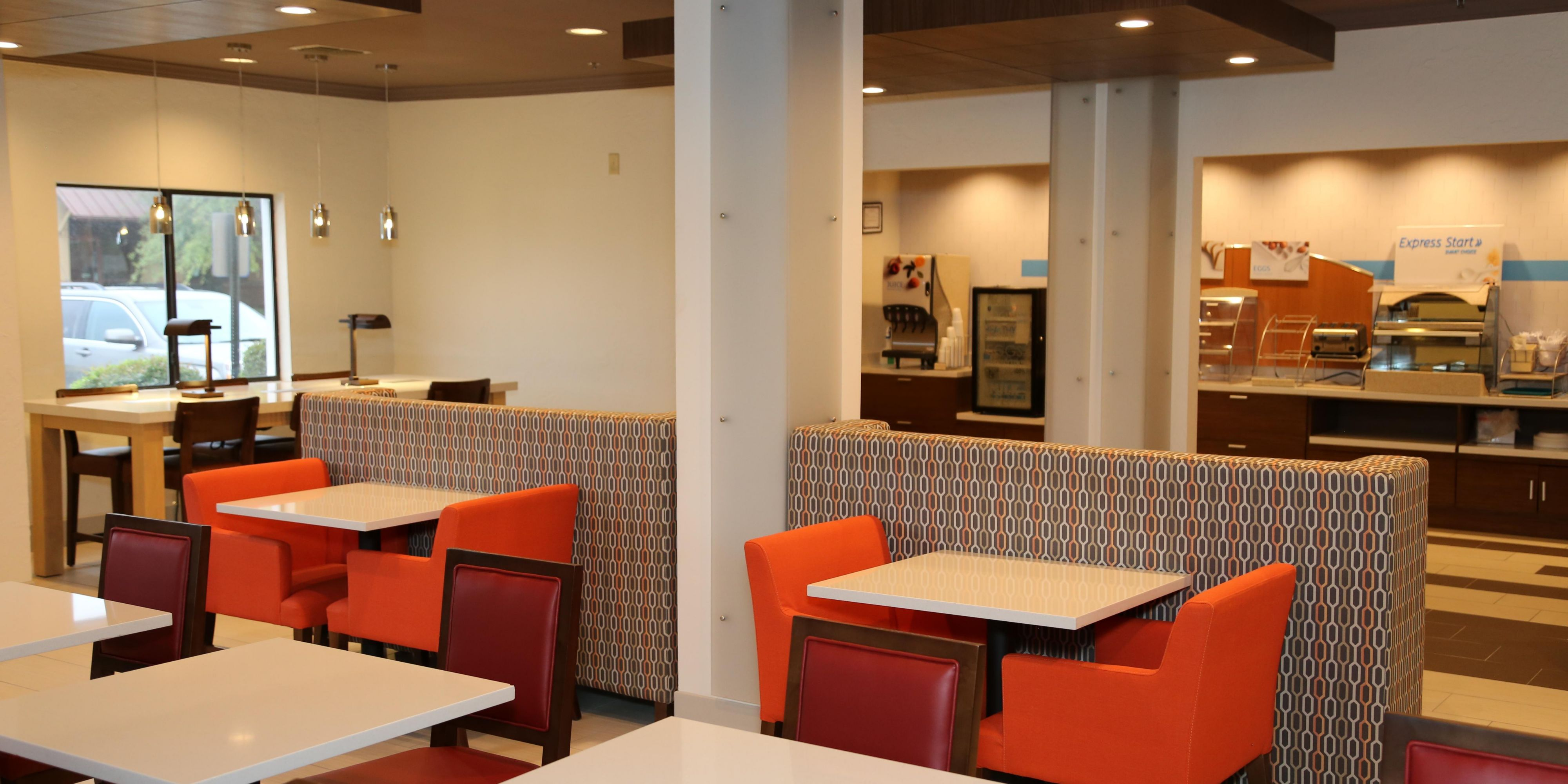 Holiday Inn Express And Suites Greenville 5018228052 2x1
