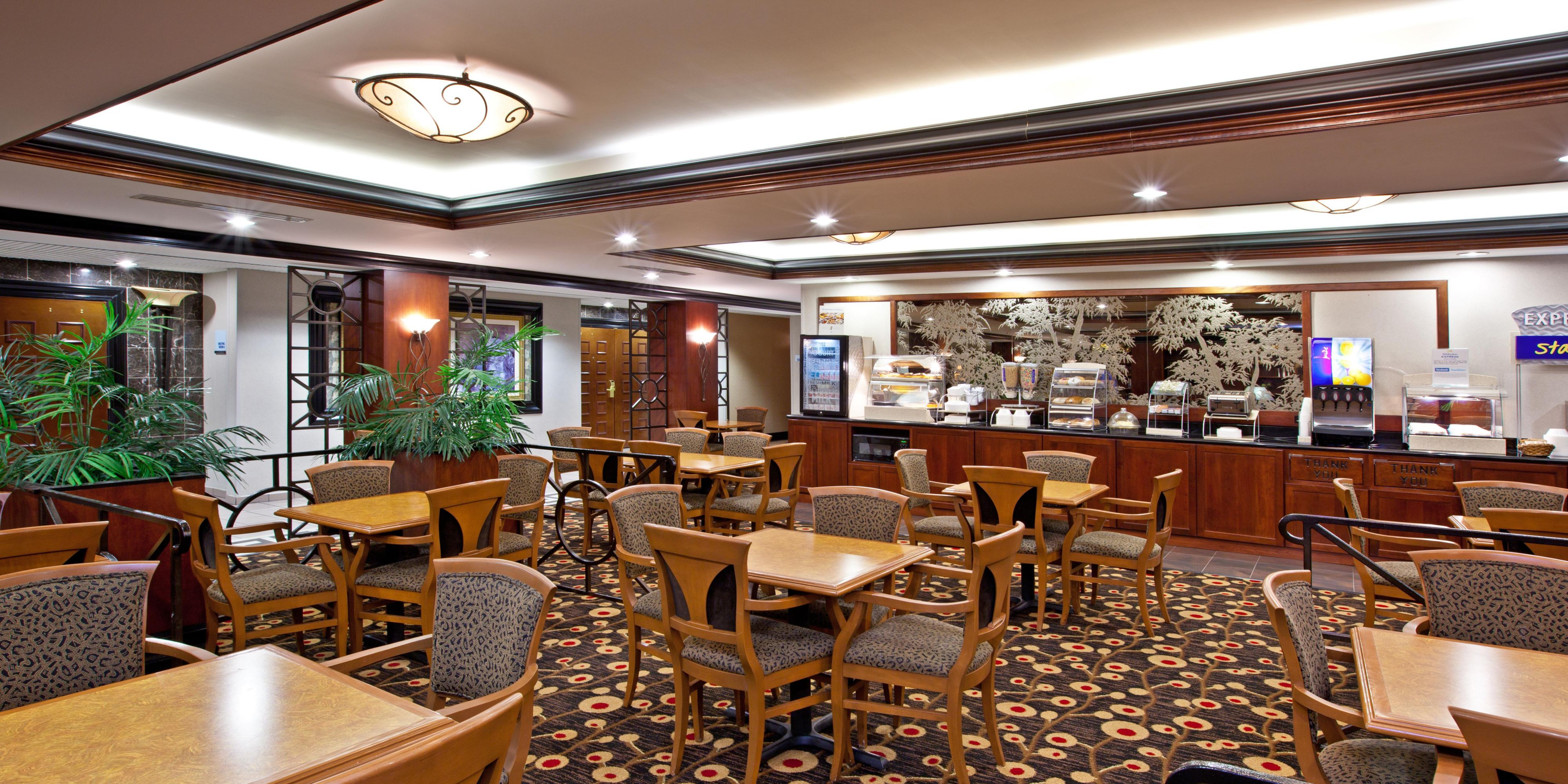 Holiday Inn Express & Suites Greenwood Hotel by IHG
