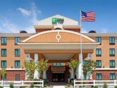 Holiday Inn Express & Suites Gulf Shores in Orange Beach, Alabama