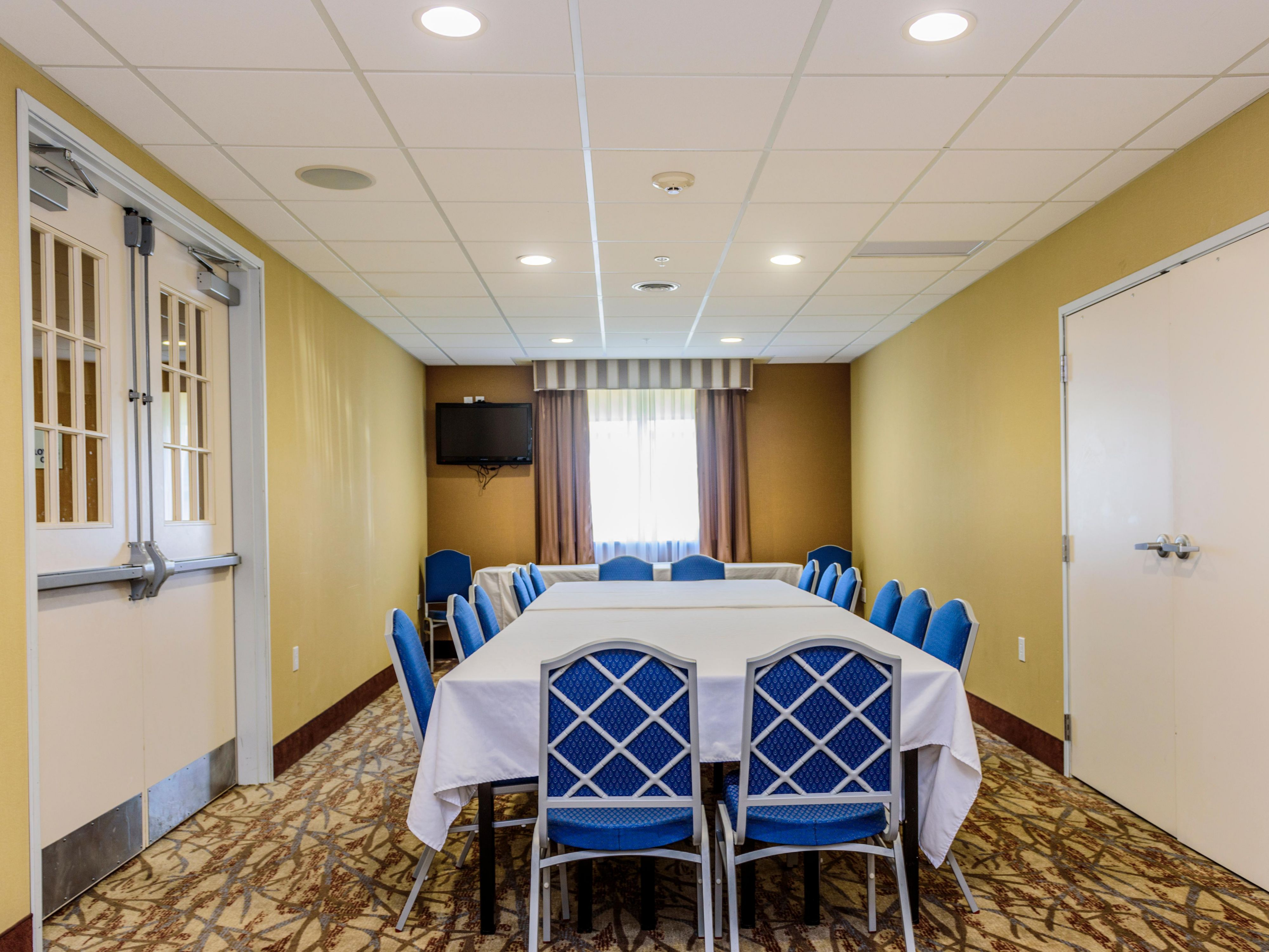 Meeting Room is 300 square feet. Can accommodate up to 30 people