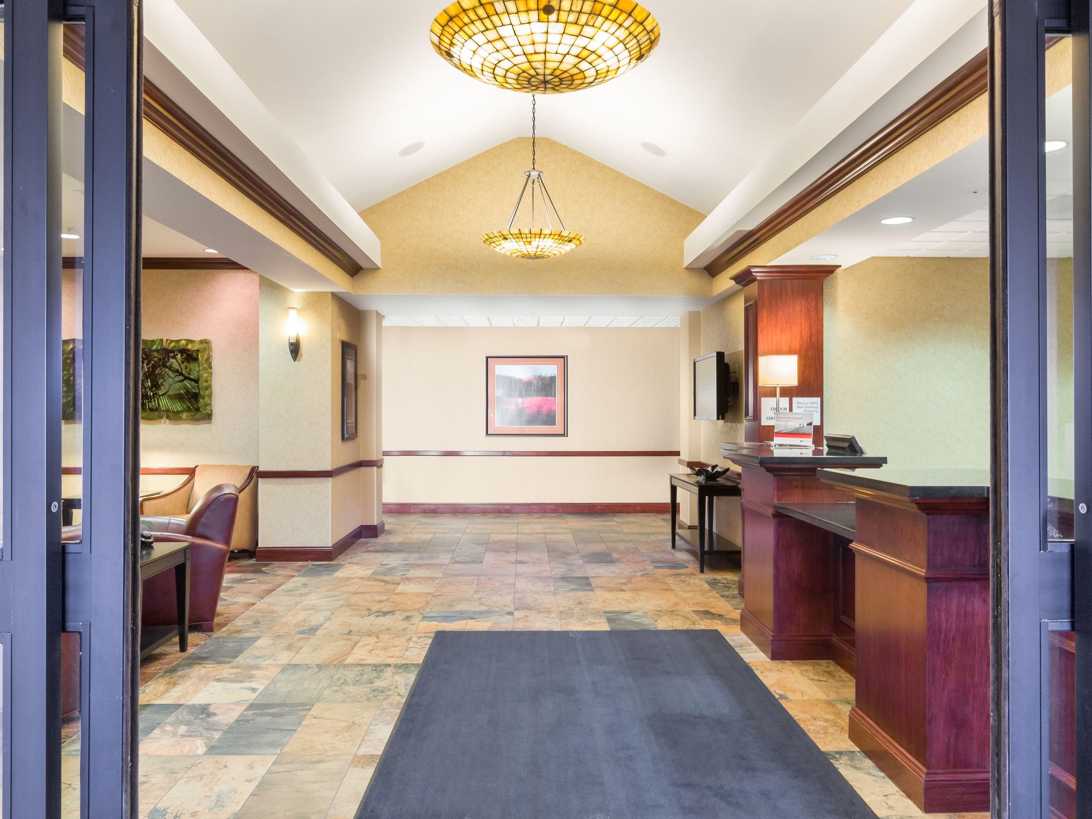 The Holiday Inn Express & Suites Helena welcomes you!