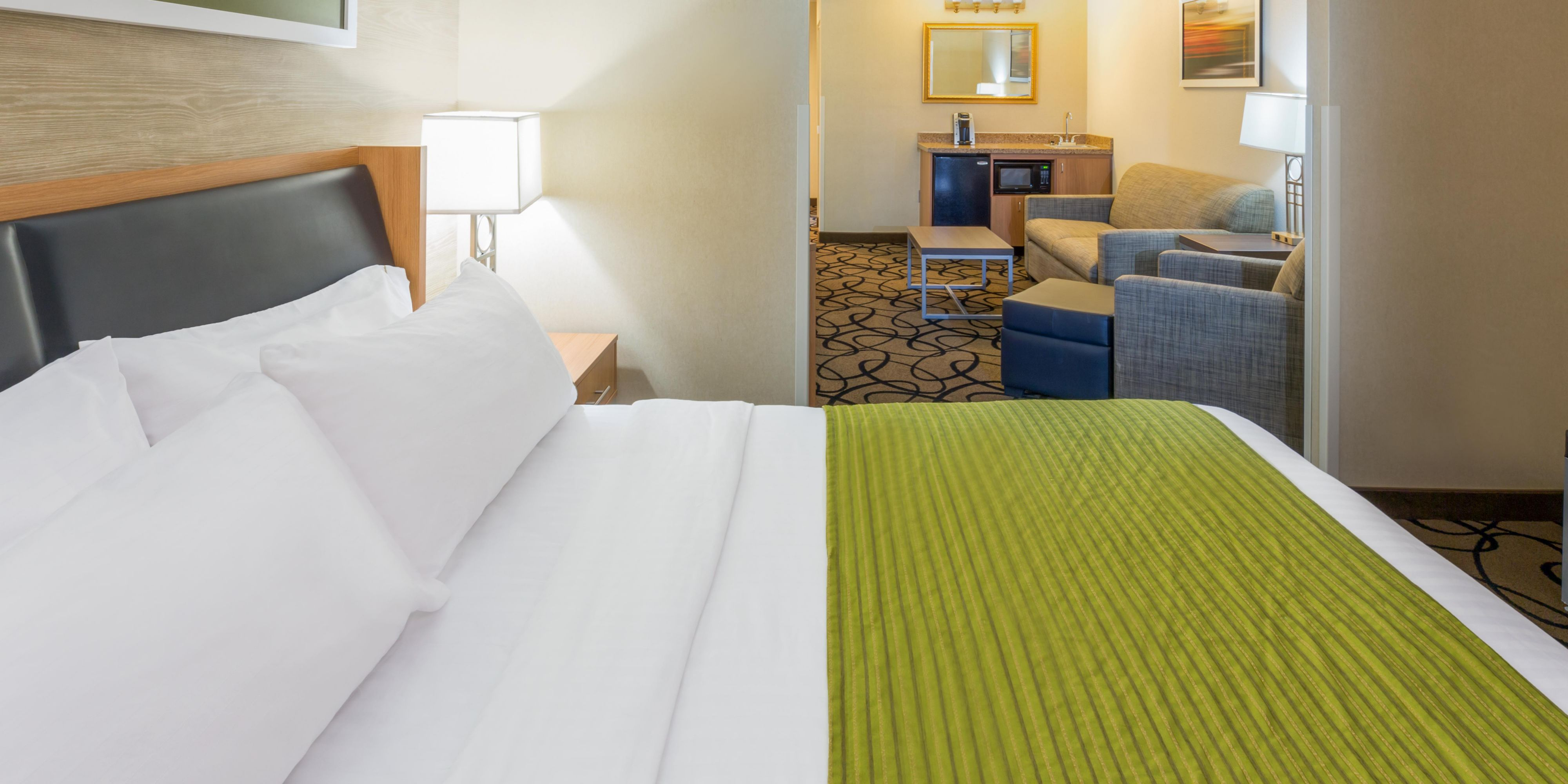 Holiday Inn Express & Suites Henderson Hotel by IHG