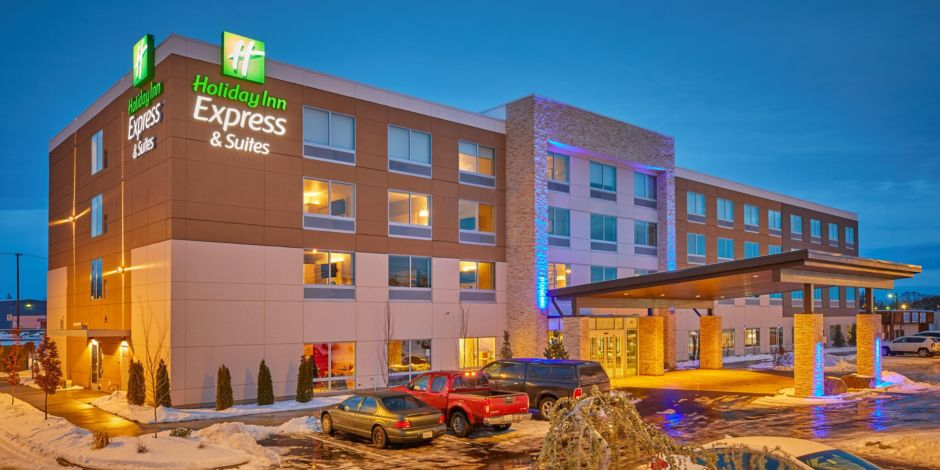 Holiday Inn Express Suites Hermiston Downtown