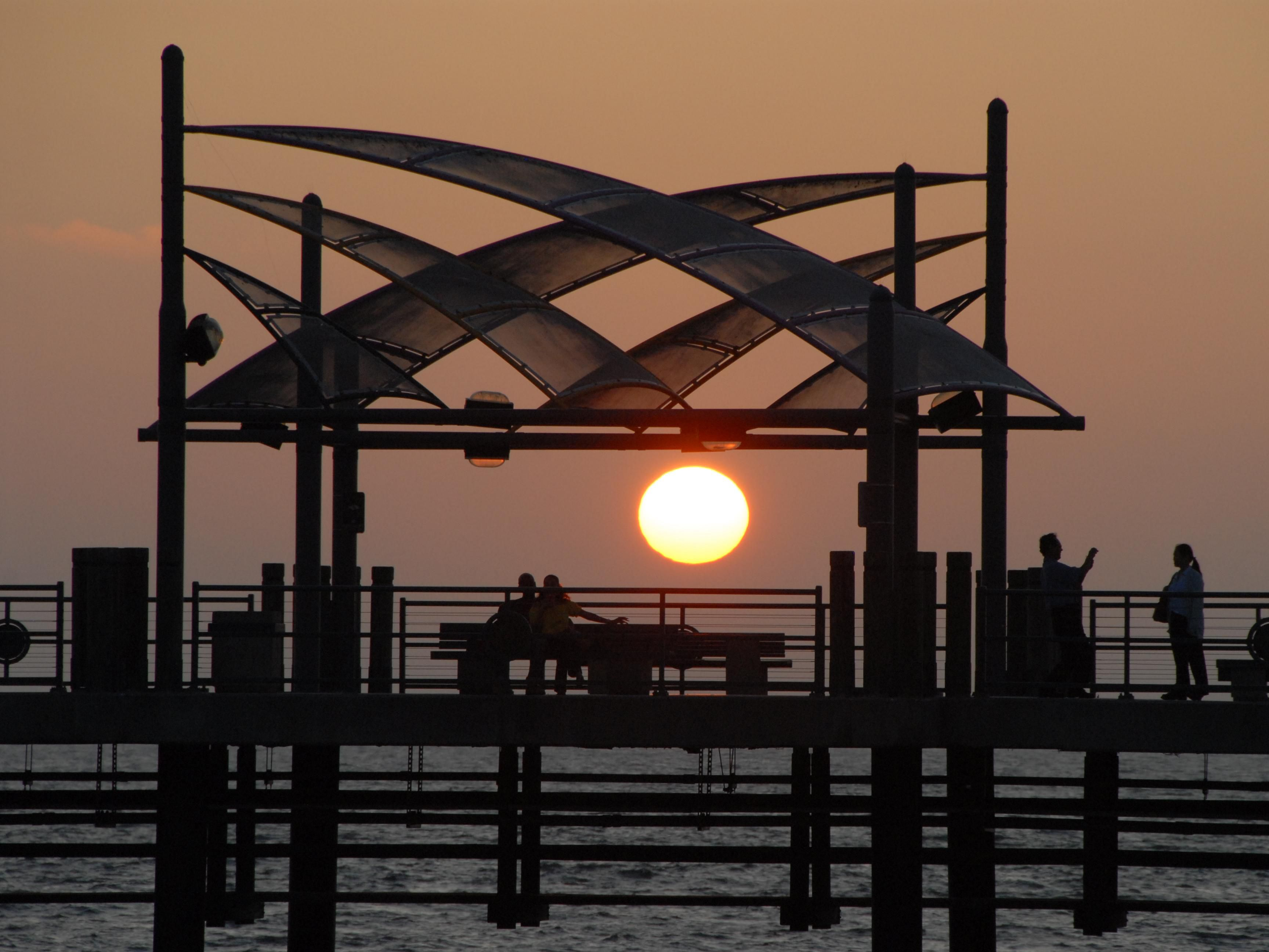 Redondo Beach Pier at Sunset