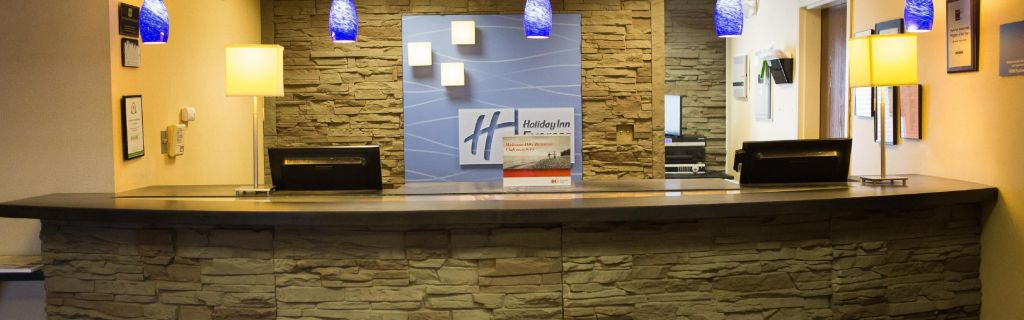 Front Desk At Holiday Inn Express Suites Chattanooga Hixson