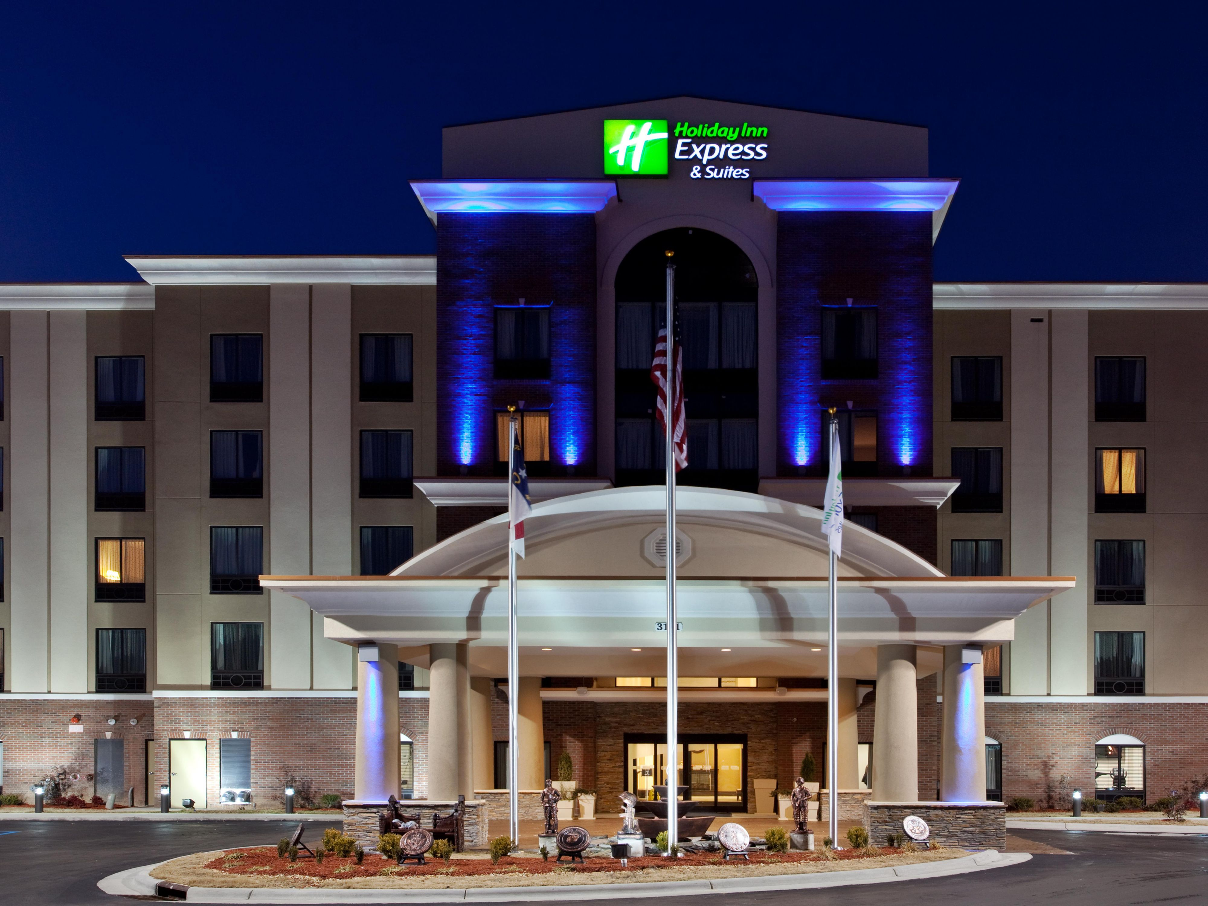 Holiday Inn Express Fayetteville Affordable Hotels By IHG