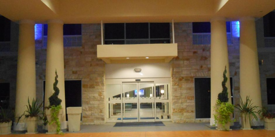 Holiday Inn Express Suites Houston Northwest Brookhollow Hotel In