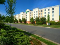 Holiday Inn Express & Suites Huntersville-Birkdale in Salisbury, North Carolina