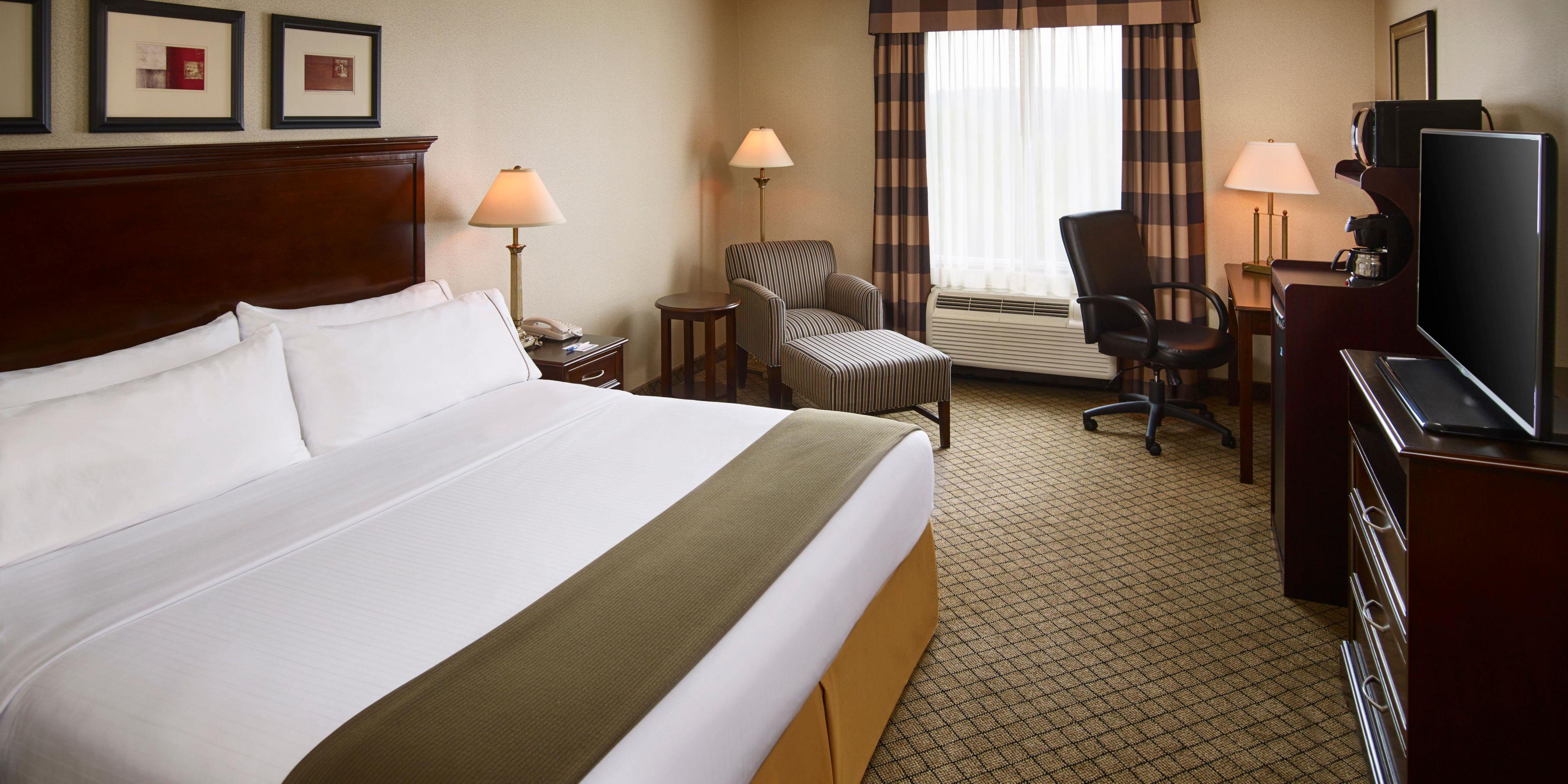 holiday inn express suites huntsville muskoka hotel by ihg