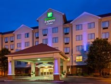 Holiday Inn Express & Suites Indianapolis - East in Greenfield, Indiana