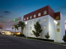 Holiday Inn Express & Suites Irapuato in Salamanca, Mexico