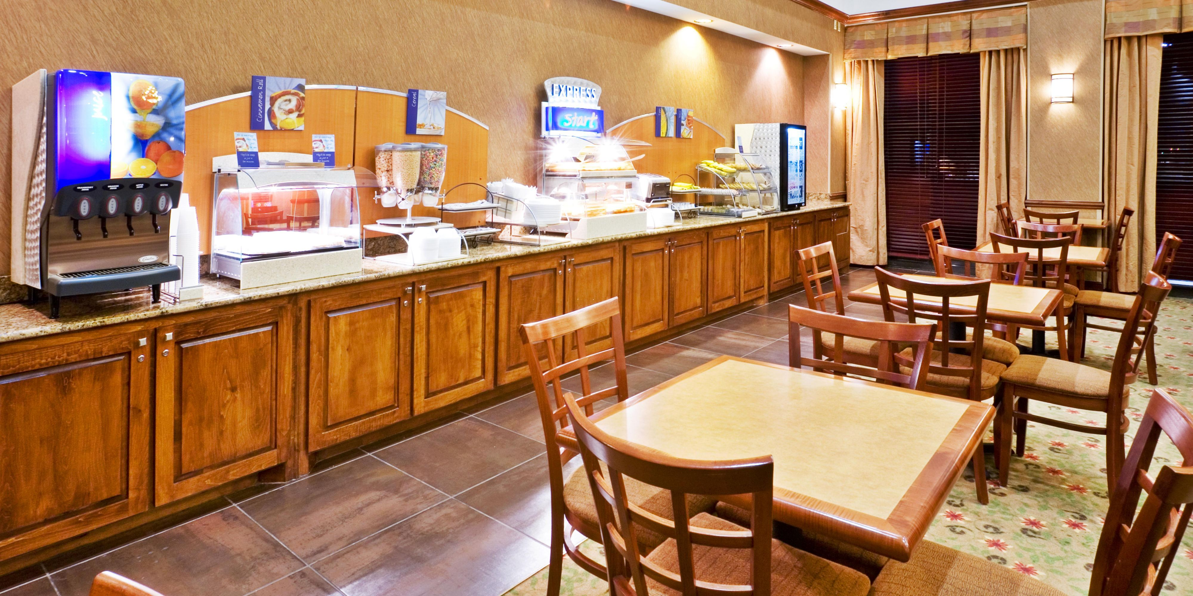 Holiday Inn Express & Suites Irving Conv Ctr Las Colinas Hotel