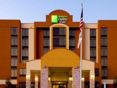 Holiday Inn Express & Suites Dallas Ft. Worth Airport South in Grand Prairie, Texas