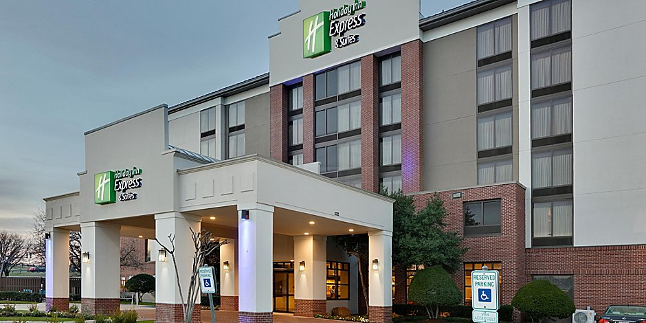 Hotels near Irving Convention Center | Holiday Inn Express & Suites