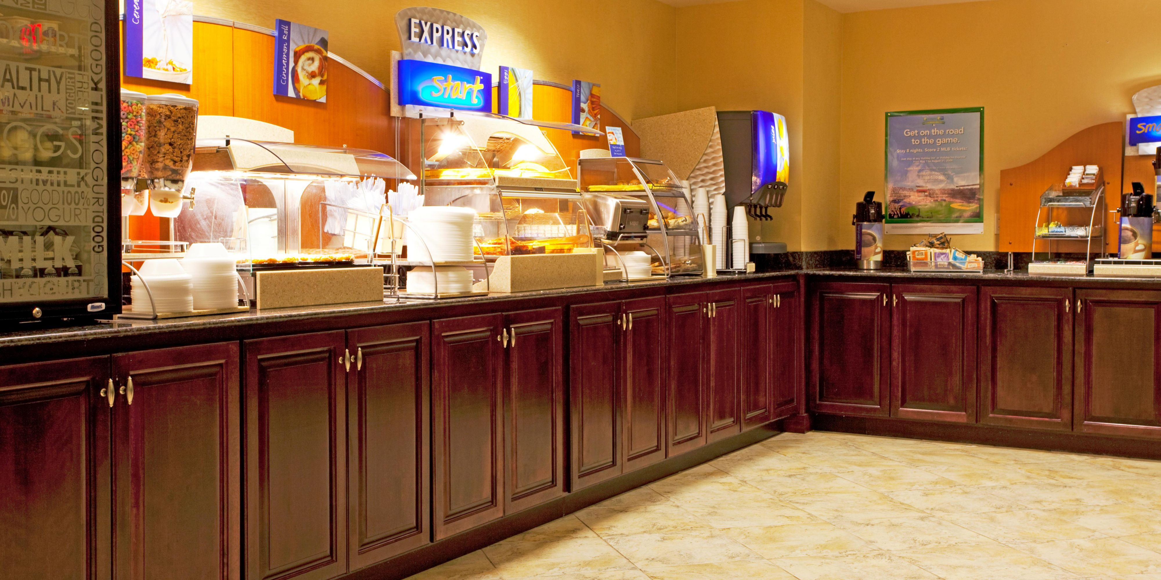 Holiday Inn Express & Suites Chaffee-Jacksonville West Hotel by IHG