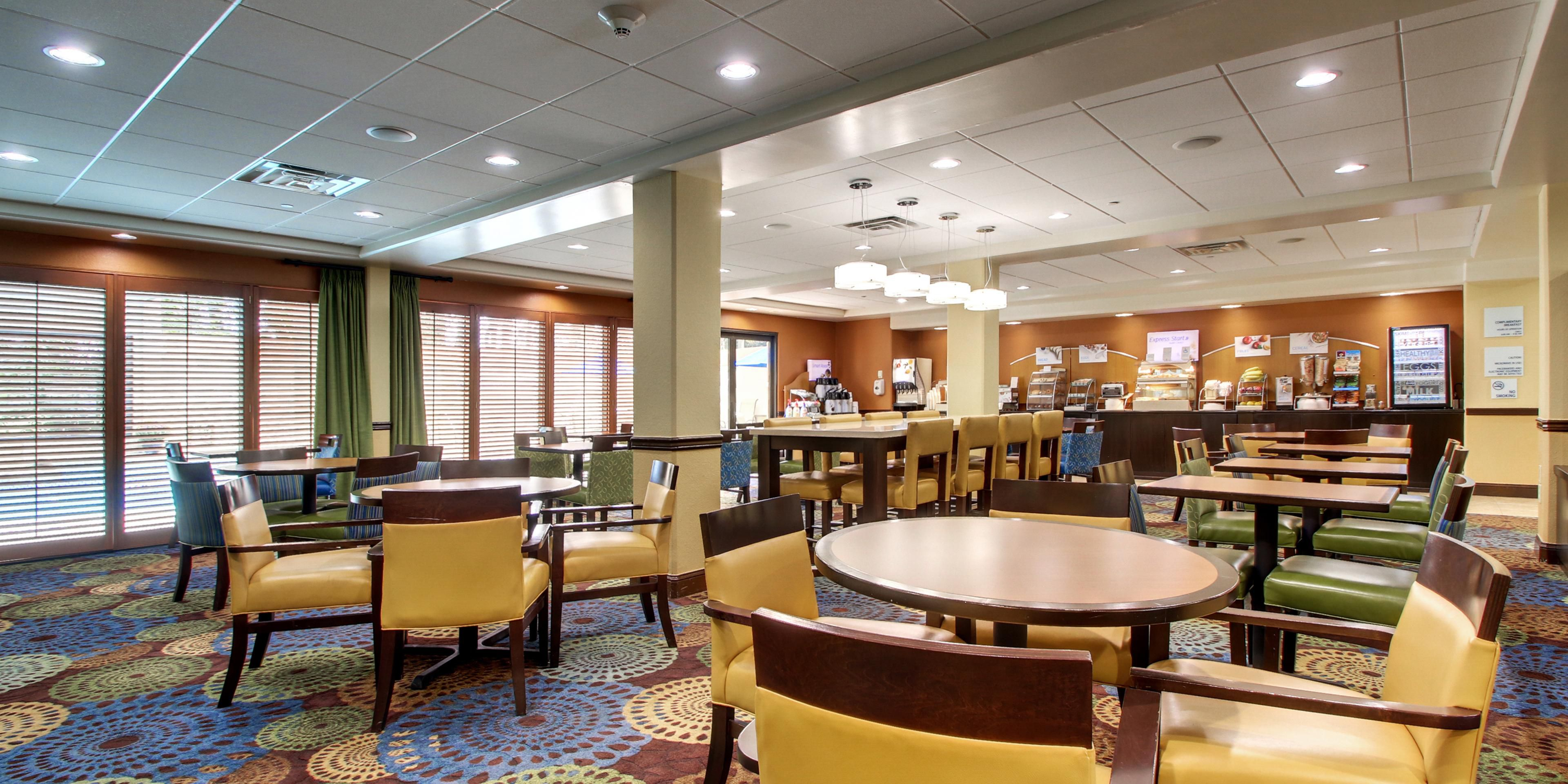 Holiday Inn Express & Suites Jacksonville SE- Med Ctr Area Hotel by IHG