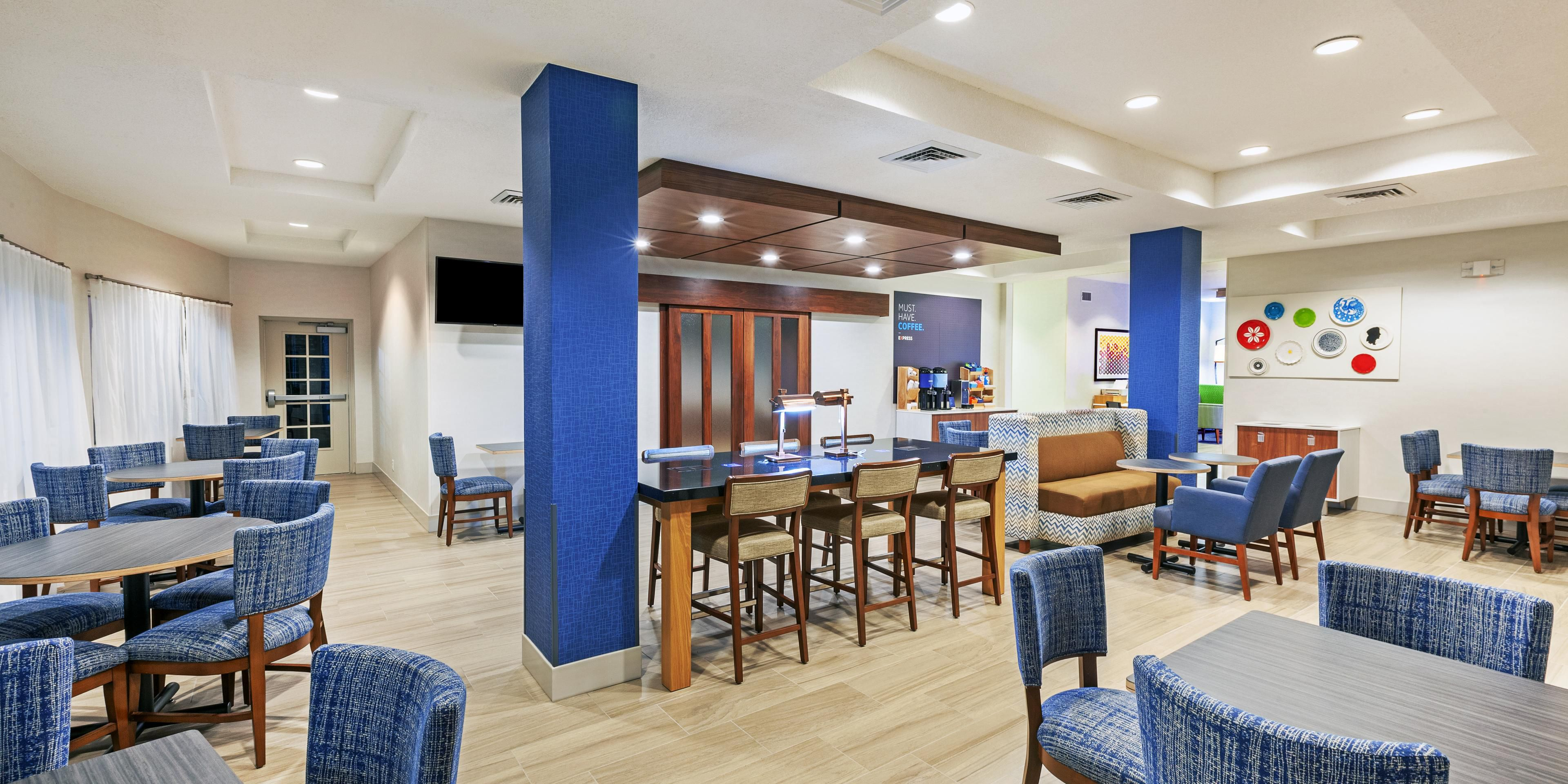 Holiday Inn Express And Suites Jasper 5739013297 2x1
