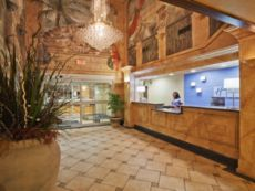 Holiday Inn Express & Suites Jenks in Broken Arrow, Oklahoma