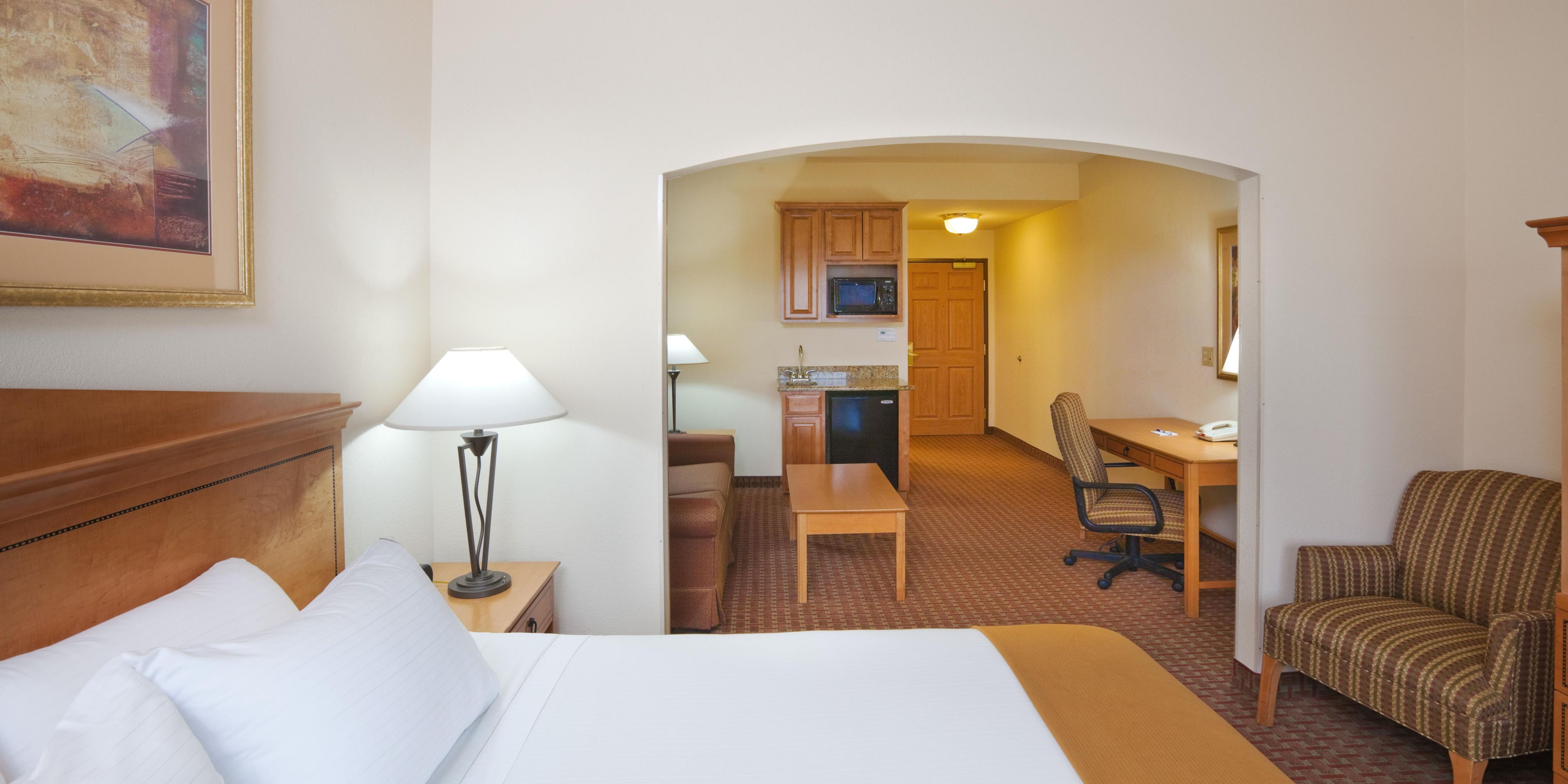 Holiday Inn Express And Suites Jenks 2533391368 2x1