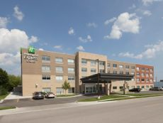 Holiday Inn Express & Suites Kalamazoo West in Kalamazoo, Michigan