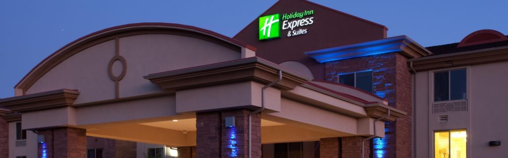 Hotel Exterior Welcome To The Holiday Inn Express Kanab Utah