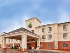 Holiday Inn Express & Suites Kansas City-Liberty (Hwy 152) in North Kansas City, Missouri