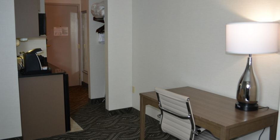holiday inn express suites kent state university hotel by ihg